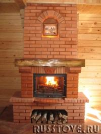 Классический кирпичный камин для дома